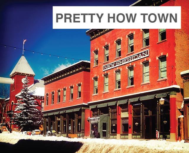 anyone lived in a pretty how town | anyone lived in a pretty how town| MusicSpoke